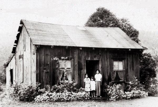 Cornplanter Home with Family.jpg